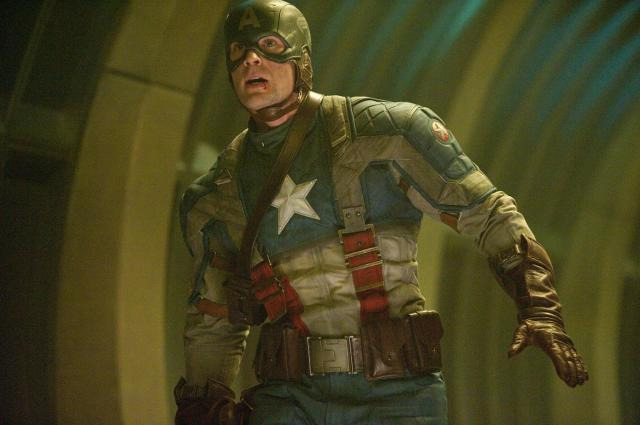 still-of-chris-evans-in-captain-america-the-first-avenger-2011-large-picture